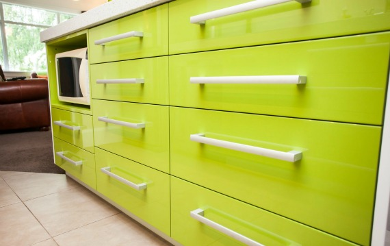 2 Green High Gloss Kitchen micro view 2.jpg