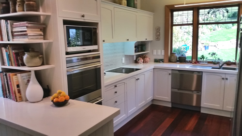 Kitchen Renewal fresh NEW look with a respray